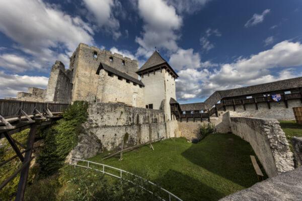 Целье - цельский замок