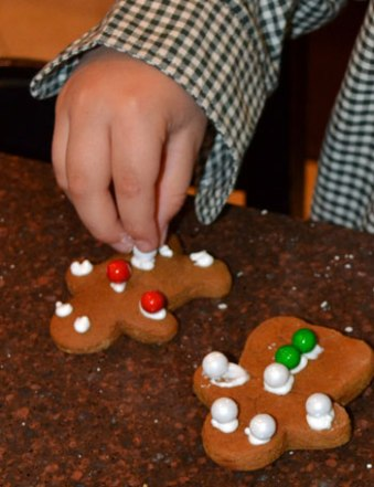 Cookie-Decorating-3
