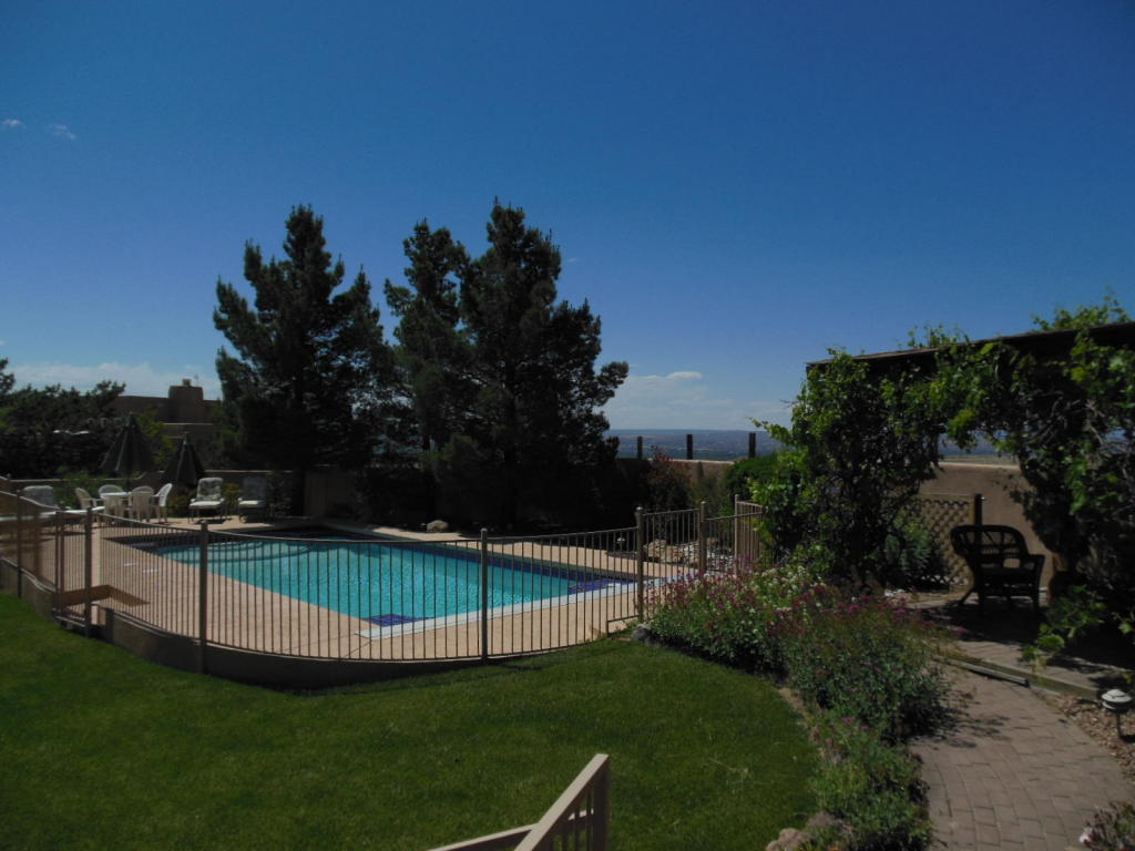 Albuquerque homes houses for sale with a pool for Houses for sale pool
