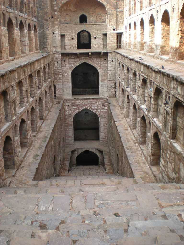 Agrasen ki Baoli, Hailey Road, New Delhi