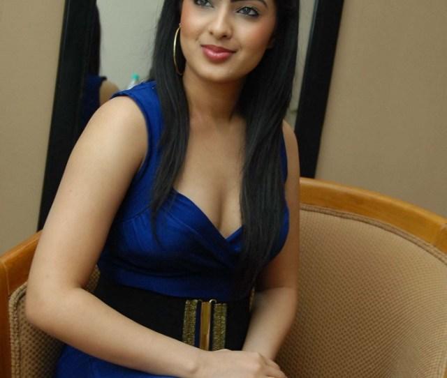 Latest Hot Photos Of Gujarati Actress