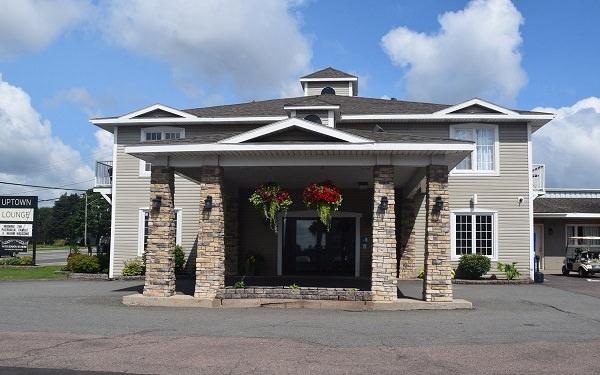Canada's Best Value Inn & Suites