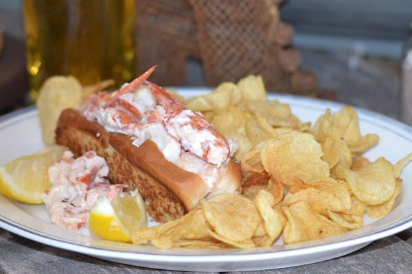 How Boat This River Tours & Lobster Bar
