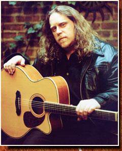 Warren solo acoustic