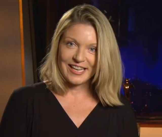 Behind The Scenes With Sheryl Lee As She Narrates The Secret Diary Of Laura Palmer