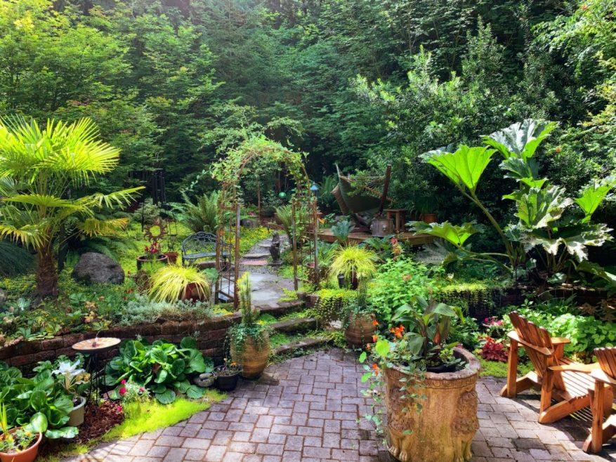 natural-pattern-inspiration-for-backyard-wooden