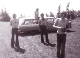 L-R Cliff Reid, Larry Reid (on the roof), John Lepine, Terry Maxwell