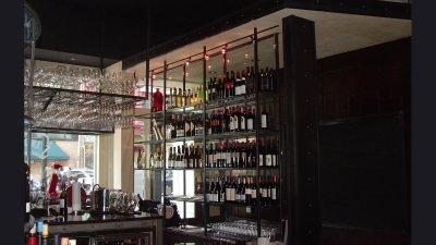 Indulge Wine Room - Shelves