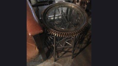 table-brass-gear6