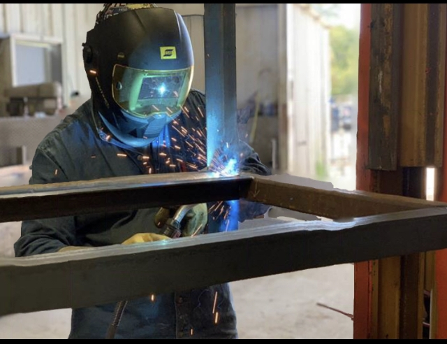 Welder, Welding Shop