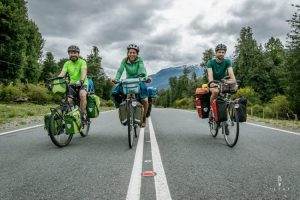 Friends cycling the carretera austral