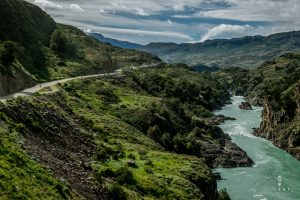 The carretera austral running next to the Rio Baker