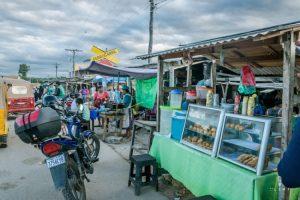 eten op straat in Bolivia