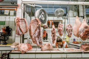 meat department in the Mercado campesino Santa Cruz