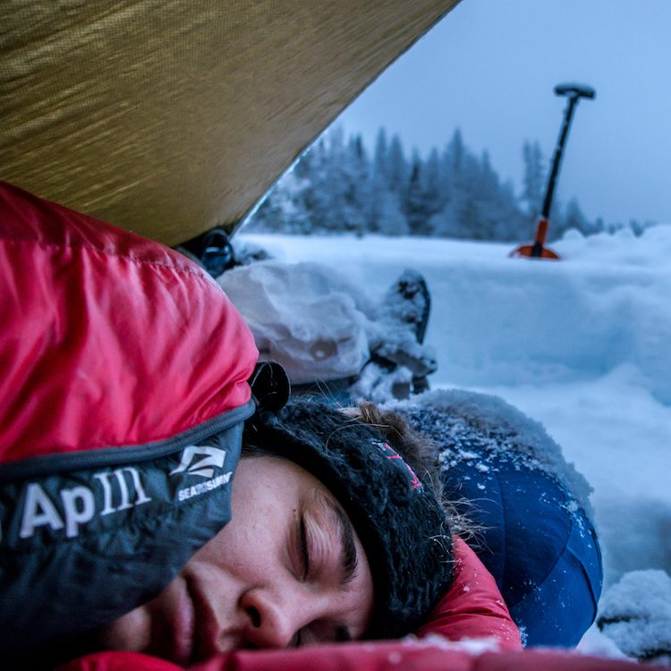 sleeping in the snow, camp in extreme cold