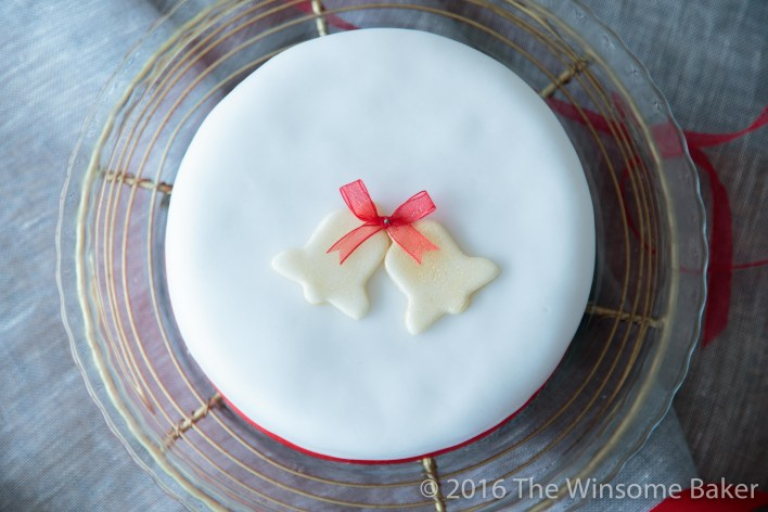 christmas-cake-decorating-21