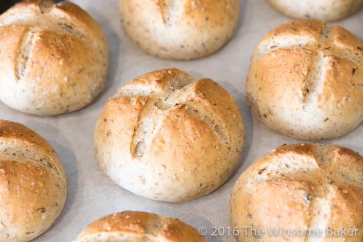 toasted-sesame-karengo-rolls-10