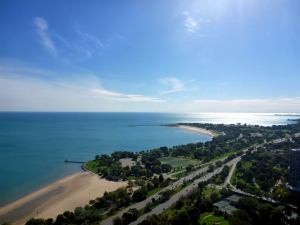 How to Plan a Romantic Getaway in South Haven