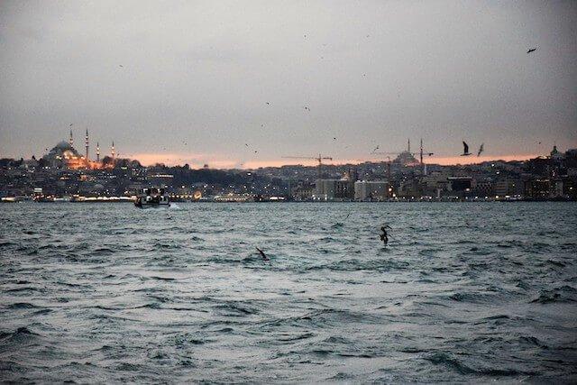 Istanbul, Bosforo by Eli Loves Travelling