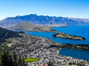 10 Amazing Places in New Zealand You Simply Can't Afford to Miss