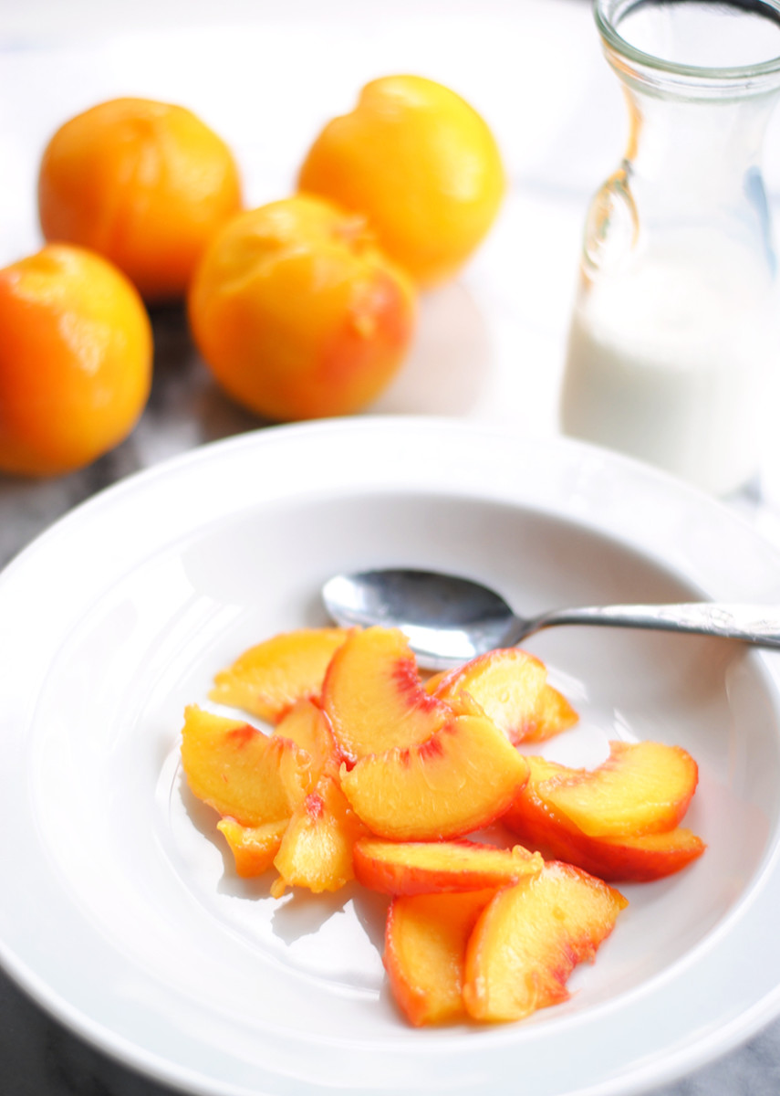 summer ideas for eating well with peaches