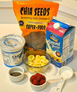 healthy recipe, Raspberry banana chia smoothie
