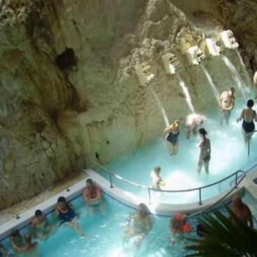 Banja i kupalište u pećini, Miškolctapolca