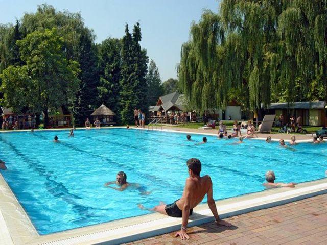 Termalna banja i kupalište Lenti
