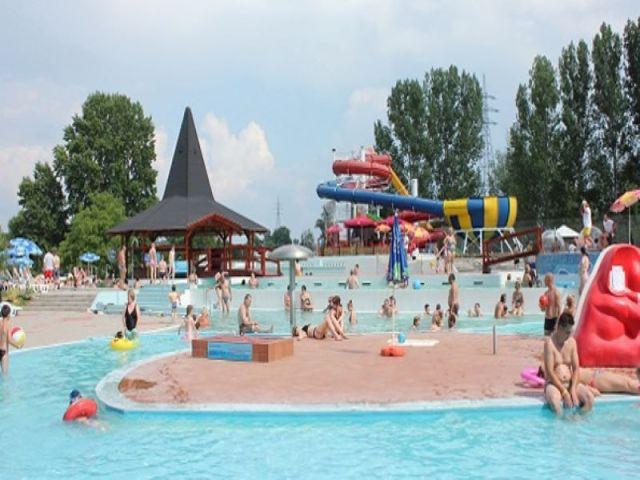 Aqualand, Rackeve
