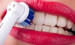 brusing teeth