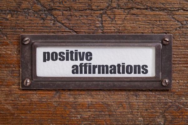 8 Powerful Affirmations For the Holiday Season