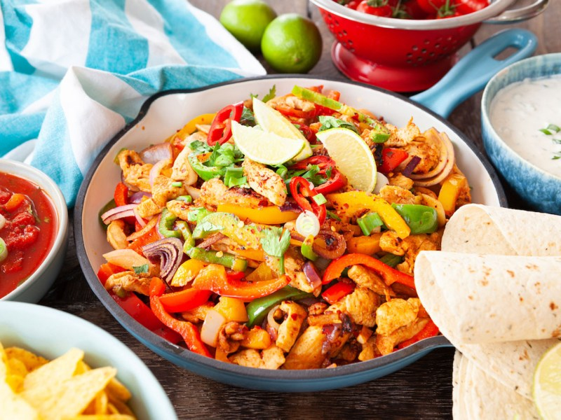 Low FODMAPs Tex-Mex Chicken Fajitas
