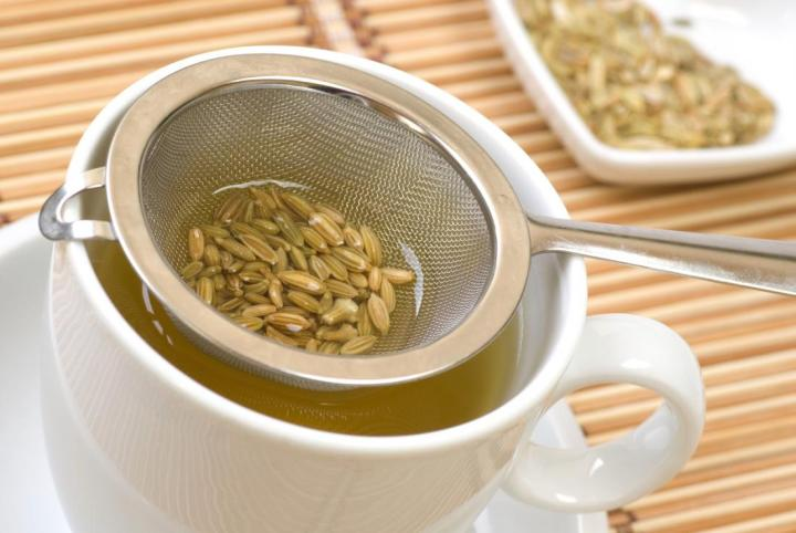 Fennel Tea Helps in Reducing Water Retention and Good Digestion