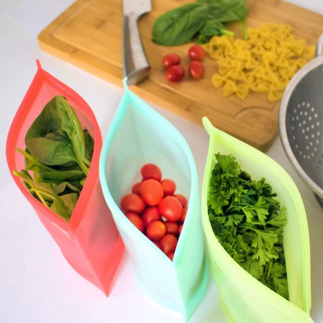 Silicone Reusable Food Storage Bag for eco friendly sustainable home.