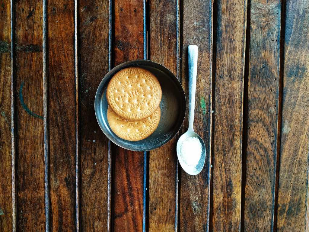 5 common mistakes in your diabetes diet- biscuits or sugar, what to choose?