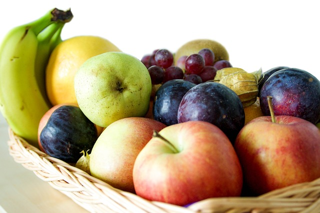 fatty liver diet -  fresh fruits are essential