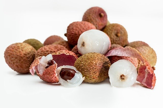 Is litchi safe for you? shall we stop eating litchi?