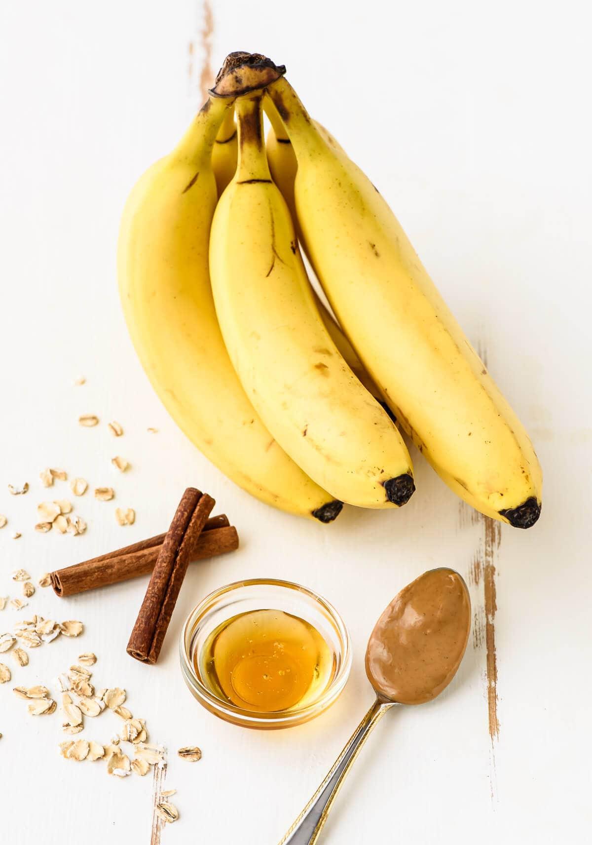 Ingredients needed to make Banana Honey Oatmeal Breakfast Bars