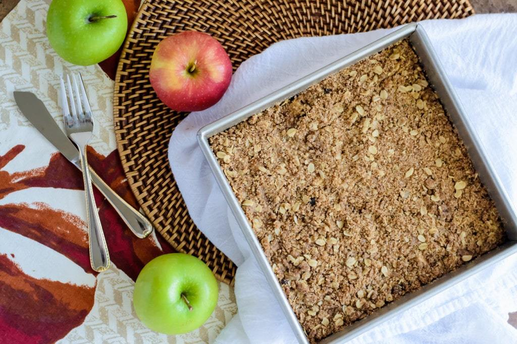 Gooey Caramel Apple Crisp Bars (Vegan!)