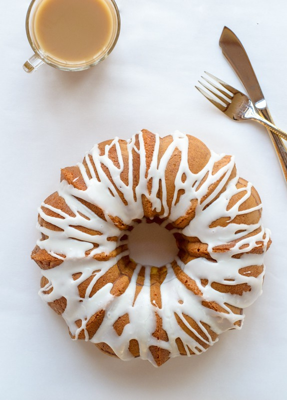 Grandma's Easy Budnt Cake with Cake Mix and Vanilla Pudding Mix