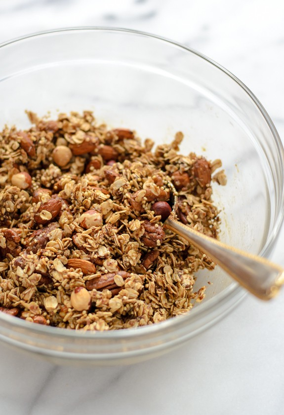Gingerbread Granola. Healthy and gluten free