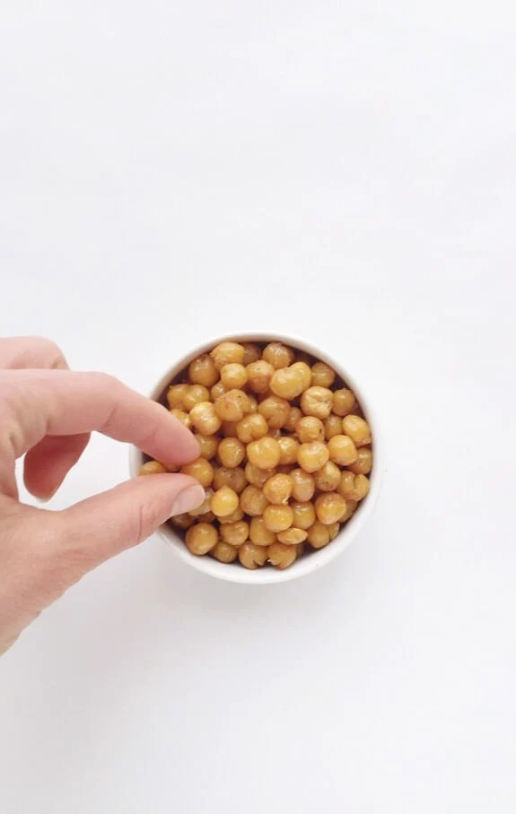 Roasted Chickpeas in a bowl for a healthy snack
