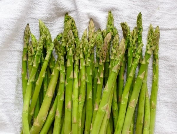 Healthy Asparagus Casserole with Chicken