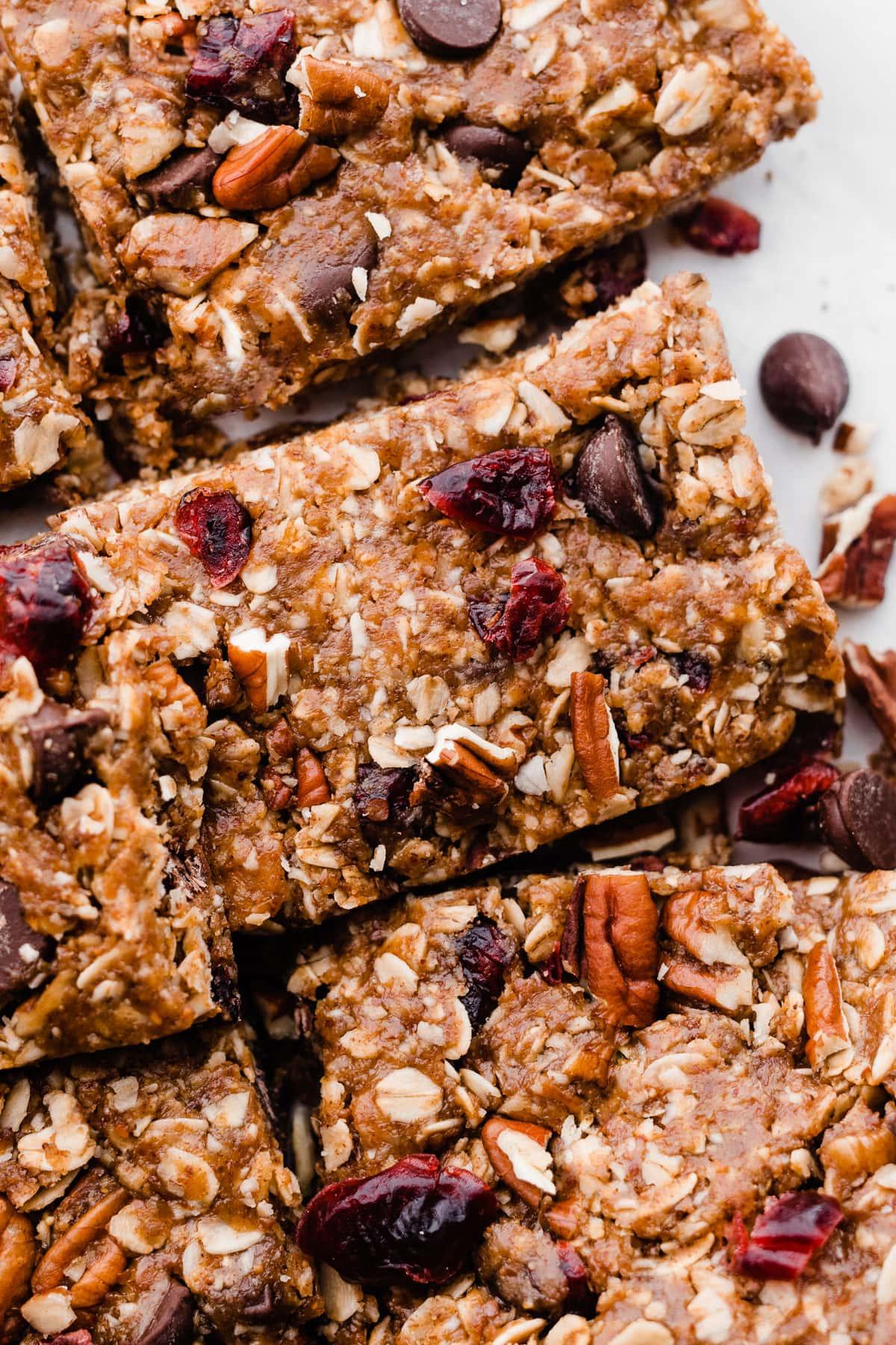 Salted Chocolate Almond No Bake Granola Bars. Healthy, gluten free granola bar recipe