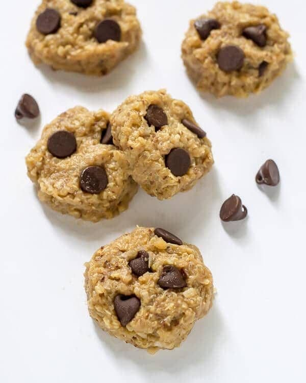 Clean Eating Chocolate Peanut Butter No Bake Quinoa Cookies. #glutenfree