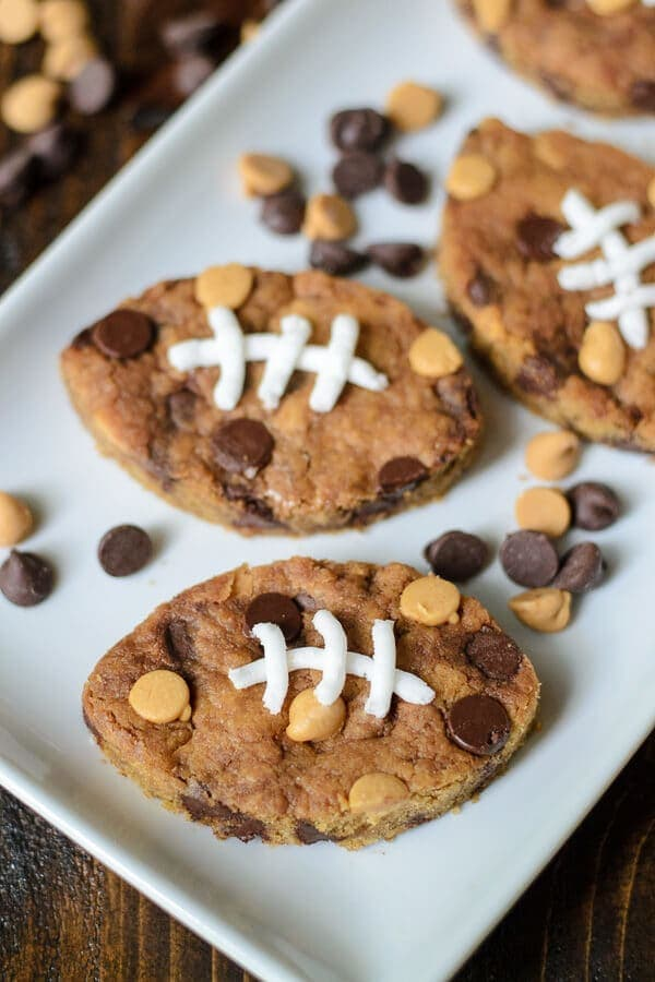How cute are these Football Chocolate Chip Peanut Butter Blondies? Perfect for game day and tailgates!