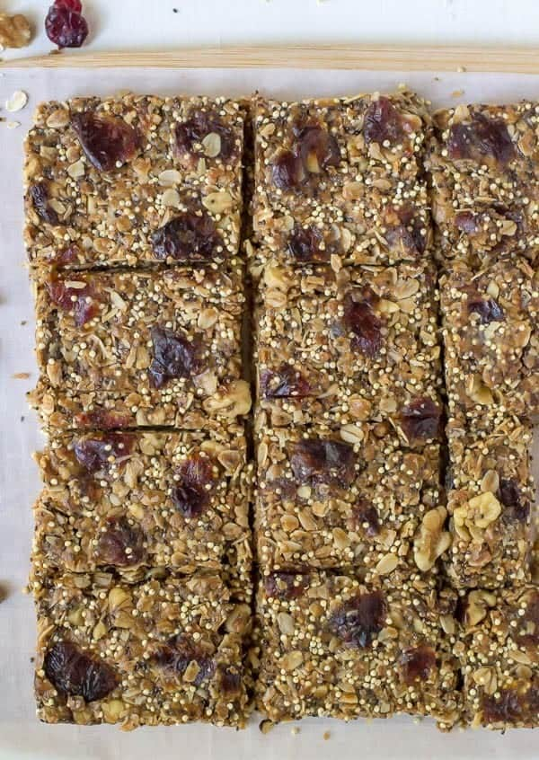 No Bake Chia Bars with Peanut Butter and Honey. A fool proof healthy granola bar recipe!
