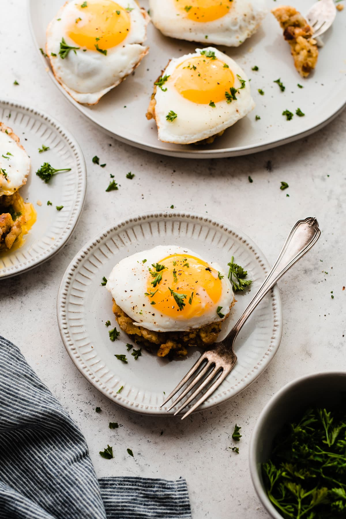 How to use your leftover Thanksgiving stuffing: Cheesy Breakfast Stuffing Cakes. Like eggs Benedict, but even better!