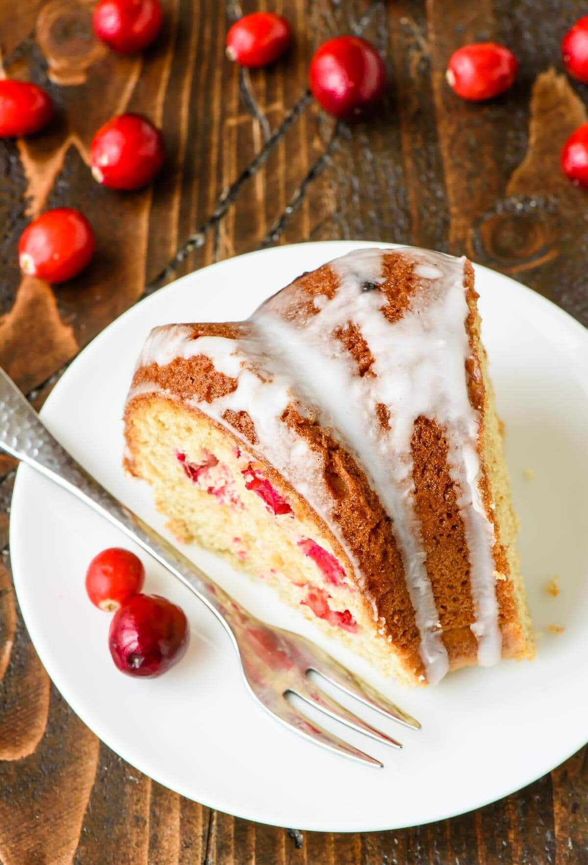 This Cranberry Sour Cream Coffee Cake is a total crowd pleaser, especially at the holidays! Make for Christmas breakfast or brunch.