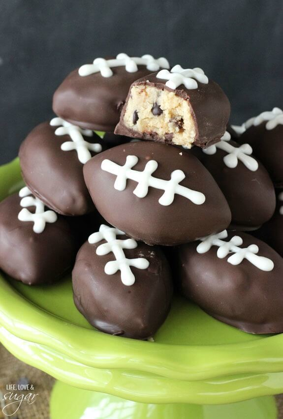 A no-bake football food any fan is sure to love!